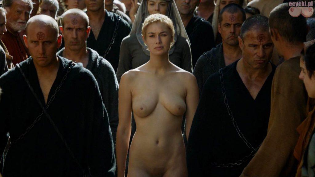 03. Lena Headey Cersei Lannister nagie piersi cycki nago game of thrones boobs nude breast tits zdjecia aktorka serial HBO 1024x575 - Gra o Tron – nagie sceny z cyckami w roli głównej: