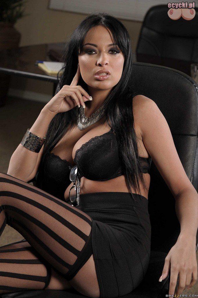 8. najseksowniejsza sekretarka w biurze - gorace zdjecia pieknych kobiet w ponczochach