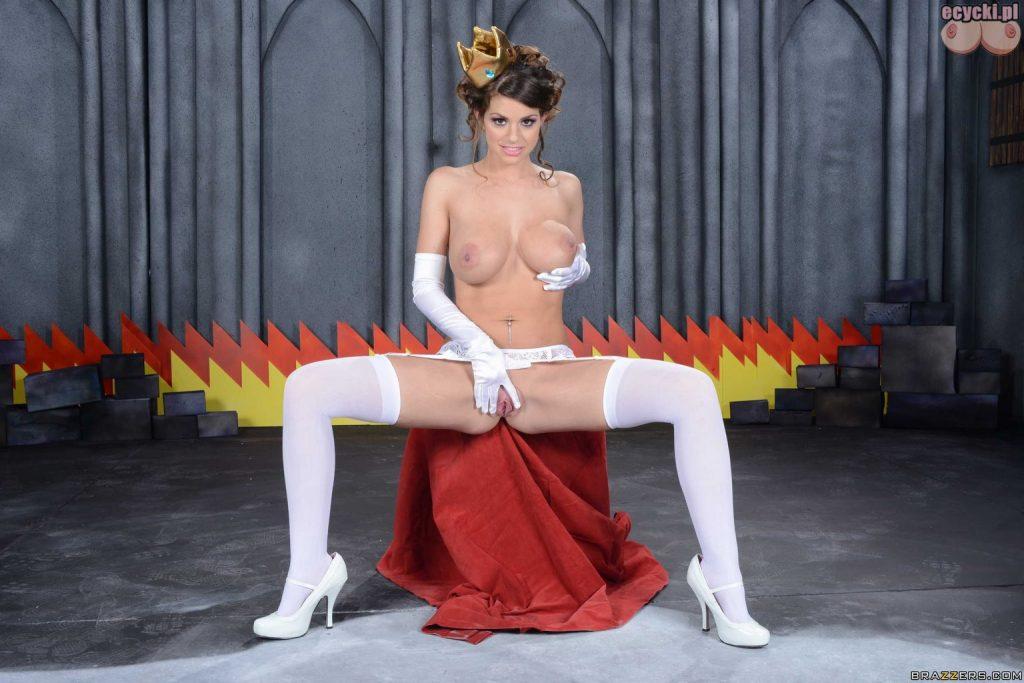 017. gola gwiazda porno dziewczyna laska piersi duze nagie cycki nago hot young girl stocking big tits boobs nude pussy naked porn star 1024x683 - Brooklyn Chase cycki najlepsze miesiąca - marzec 2016: