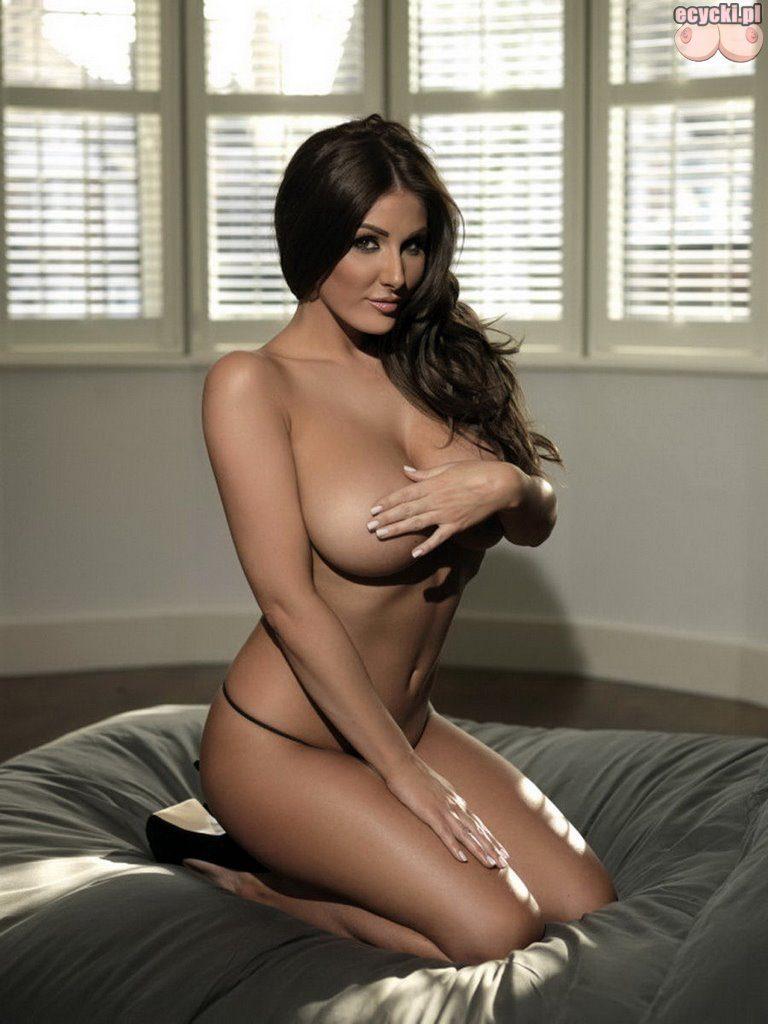 05. akty zdjecia erotyka zakryta duze piersi biust zdjecia kobiet lasek dziewczyn nagosc zakryta 768x1024 - Lucy Pinder najlepsze cycki miesiąca: