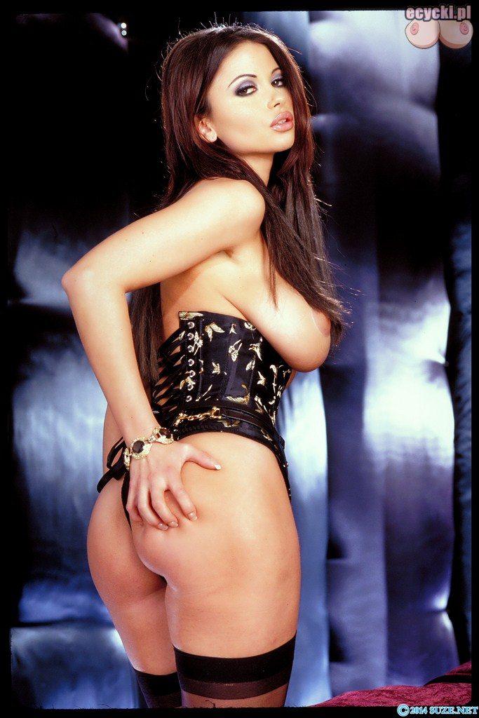 6. Veronica Zemanova super dupa - czeska modelka - piekna laska - sliczna laseczka - zgrabna pupa - zgrabne posladki - swietny tyleczek