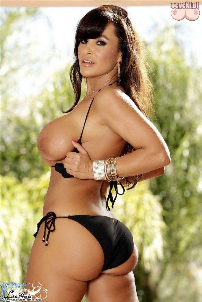13. pokaz cycki w topless - duze dojrzale cyce sasiadki