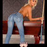 demoty kobiety- niektore kobiety wiedza jak postawic kija - seksowna laska w samcyh jeansach bilard - goraca blondynka memy
