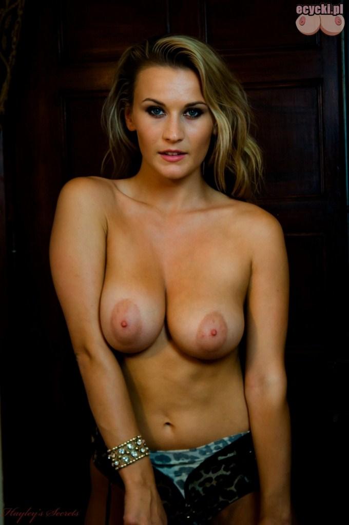 6. piersi znanych kobiet - biusty znanych modelek nago zdjecia