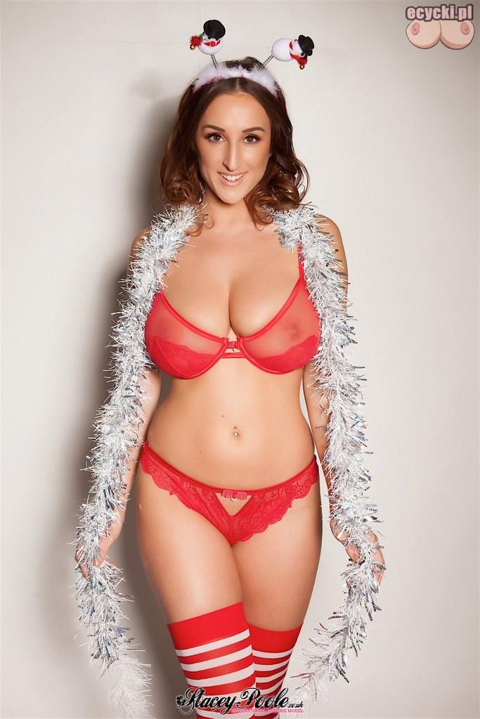 7. Stacey Poole znana modelka w czerwonej sexy bieliznie - przeswitujaca bielizna i ponczochy renifer na swieta zdjecie