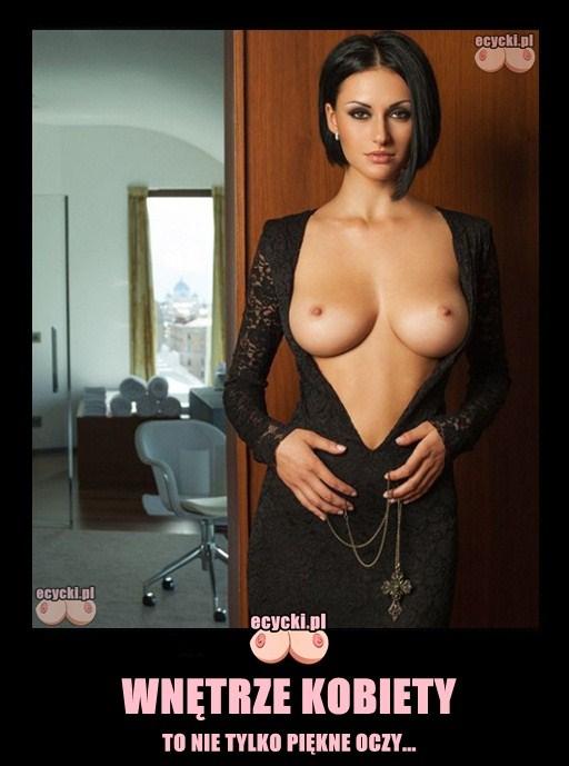wnetrze kobiety mem - sexy kreacja odslaniajaca piersi zgrabna brunetka - cycata laska z za duzym dekoltem demoty - piersi nago suknia odslaniajaca biust - ecycki