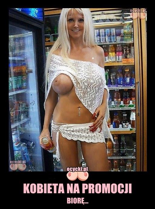 Kobieta na promocji mem - sexy laska na zakupach w zabce duze cycki odslonieta piers - laski na zakupach demoty - goraca blondynka w sklepie - ecycki blog memy